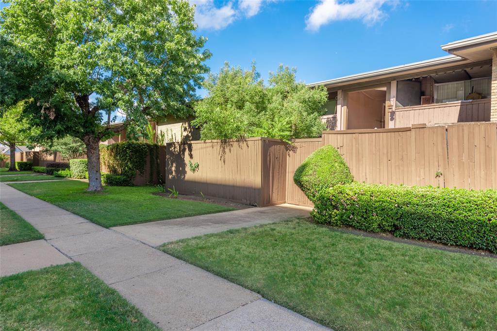 Active | 2627 Douglas Avenue #209 Dallas, Texas 75219 22