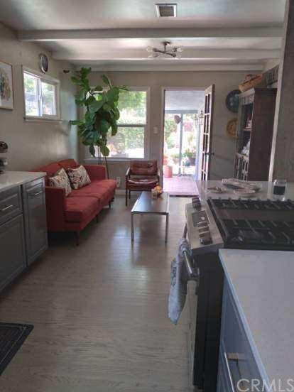 Pending   1409 W Glenmere Street West Covina, CA 91790 8