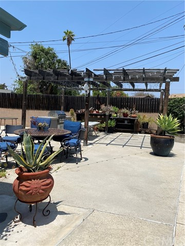 Pending   1409 W Glenmere Street West Covina, CA 91790 12