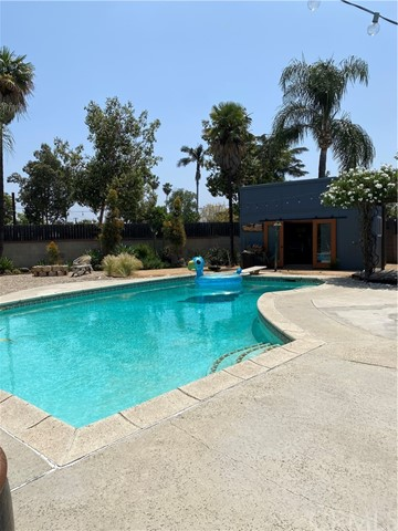 Pending   1409 W Glenmere Street West Covina, CA 91790 16