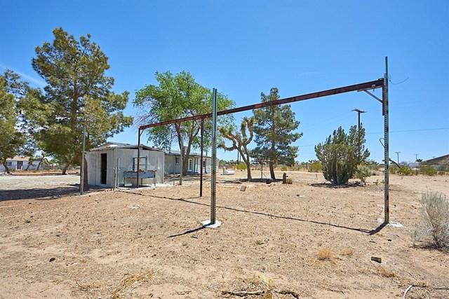 Closed   11232 Anderson Ranch Road Phelan, CA 92371 31