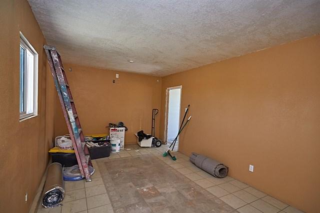 Closed   11232 Anderson Ranch Road Phelan, CA 92371 36