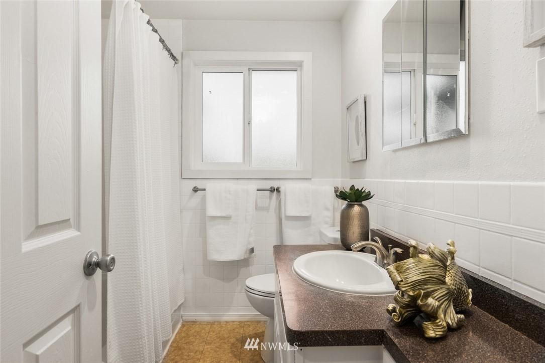 Sold Property   628 SW 107th Street Seattle, WA 98146 13