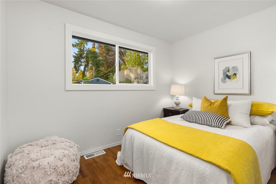 Sold Property   628 SW 107th Street Seattle, WA 98146 14