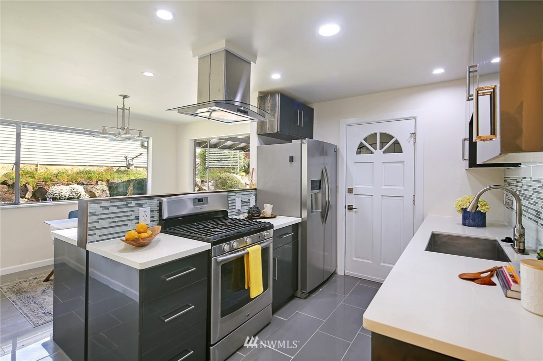 Sold Property | 5730 S Bangor Street Seattle, WA 98178 4