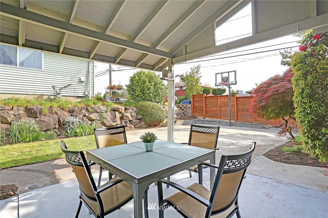 Sold Property | 5730 S Bangor Street Seattle, WA 98178 17