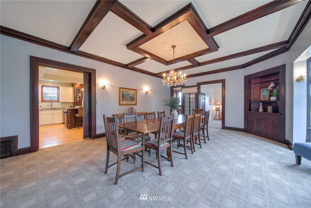 Sold Property | 1504 25th Avenue Seattle, WA 98122 9