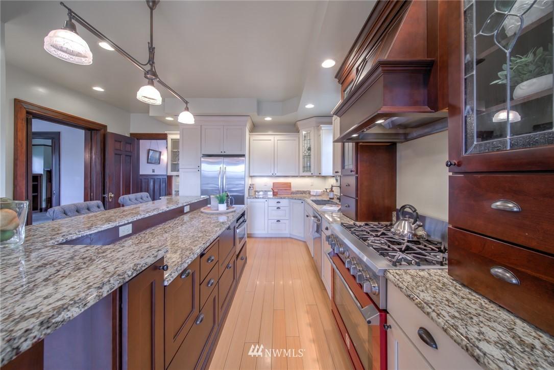 Sold Property | 1504 25th Avenue Seattle, WA 98122 11