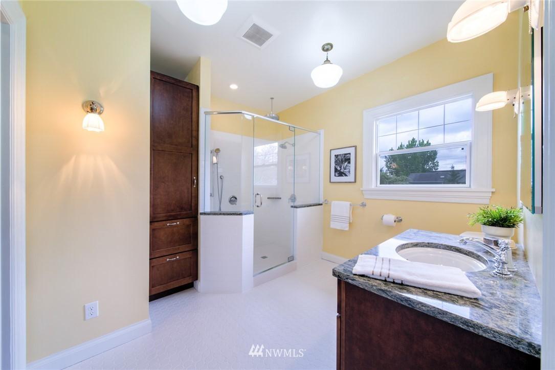 Sold Property | 1504 25th Avenue Seattle, WA 98122 19