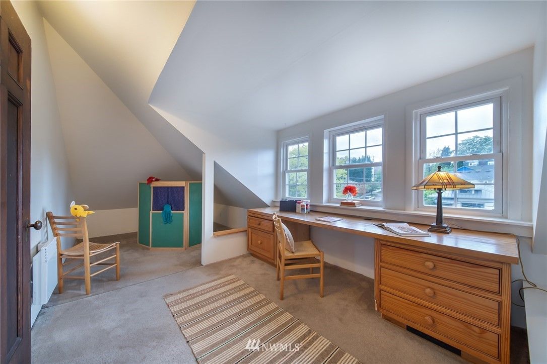 Sold Property | 1504 25th Avenue Seattle, WA 98122 29