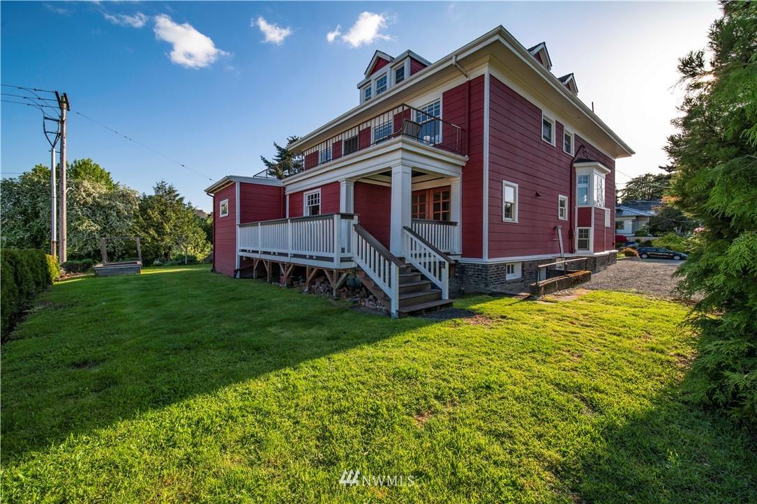 Sold Property | 1504 25th Avenue Seattle, WA 98122 32