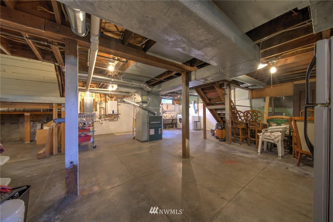 Sold Property | 1504 25th Avenue Seattle, WA 98122 36