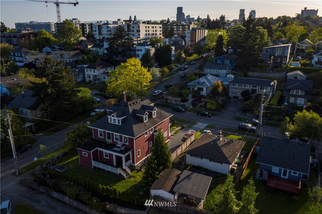 Sold Property | 1504 25th Avenue Seattle, WA 98122 38