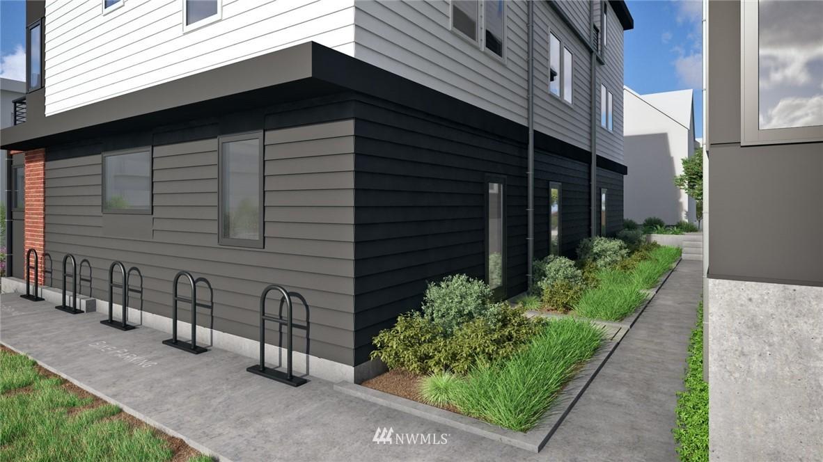 Pending | 2364 Franklin Avenue E #C Seattle, WA 98102 30