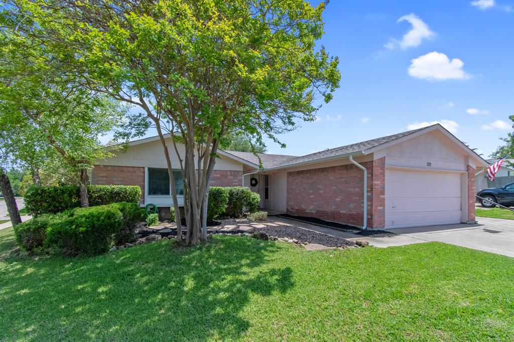 Sold Property   101 Kemper Court Lewisville, Texas 75067 2