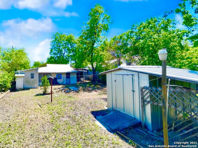 Pending | 809 DELGADO ST San Antonio, TX 78207 16