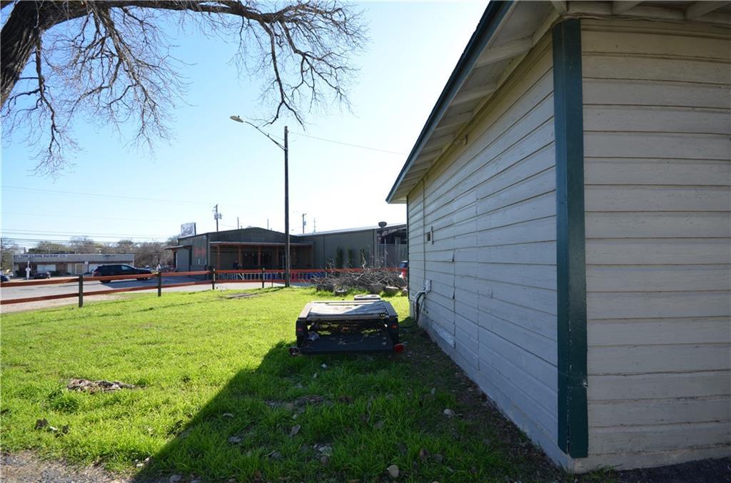 Active | 2917 Cherrywood Road Austin, TX 78722 15