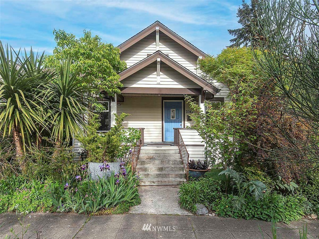 Sold Property | 7044 Mary Avenue NW Seattle, WA 98117 0