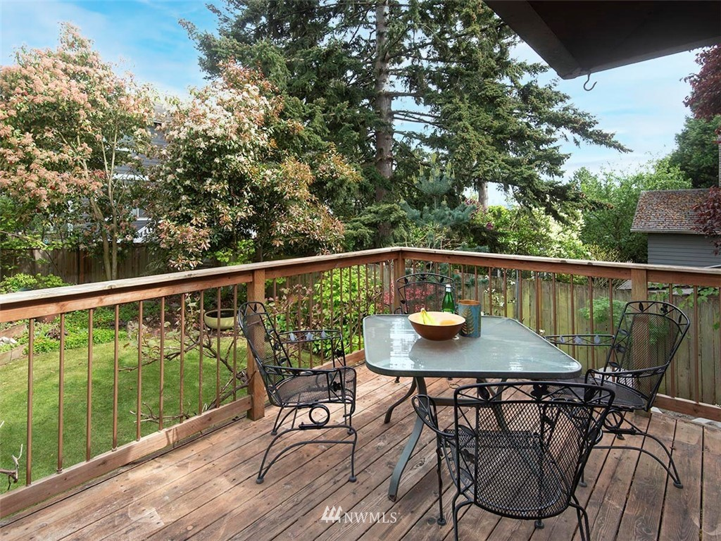 Sold Property | 7044 Mary Avenue NW Seattle, WA 98117 22