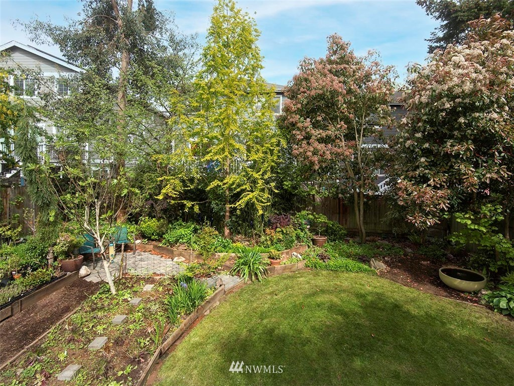 Sold Property | 7044 Mary Avenue NW Seattle, WA 98117 24