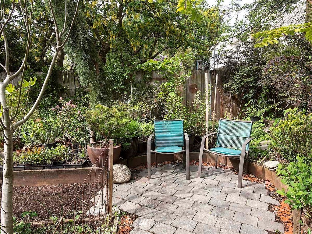 Sold Property | 7044 Mary Avenue NW Seattle, WA 98117 25