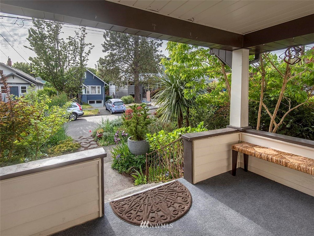 Sold Property | 7044 Mary Avenue NW Seattle, WA 98117 1