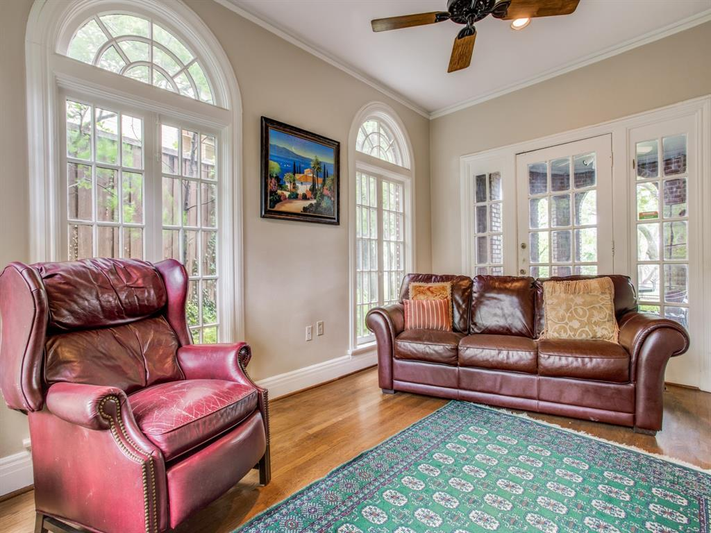 Sold Property | 6633 Country Club Circle Dallas, Texas 75214 16