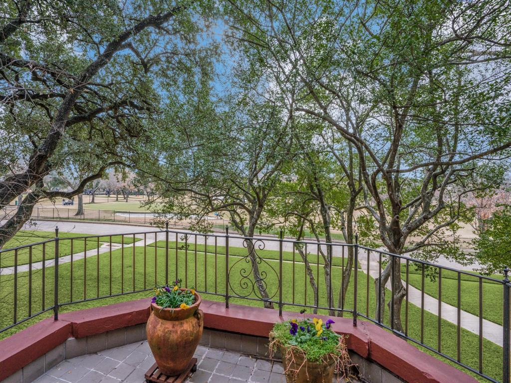 Sold Property | 6633 Country Club Circle Dallas, Texas 75214 20