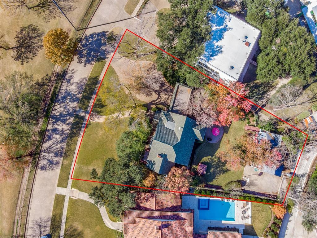 Sold Property | 6633 Country Club Circle Dallas, Texas 75214 32