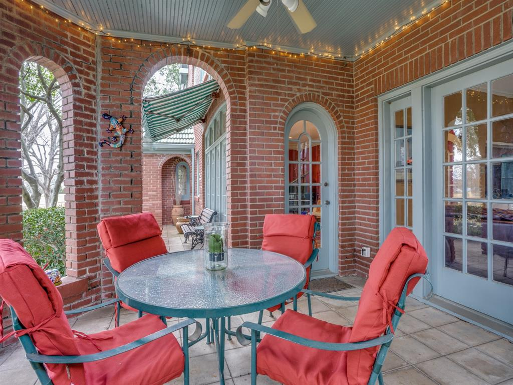 Sold Property | 6633 Country Club Circle Dallas, Texas 75214 8