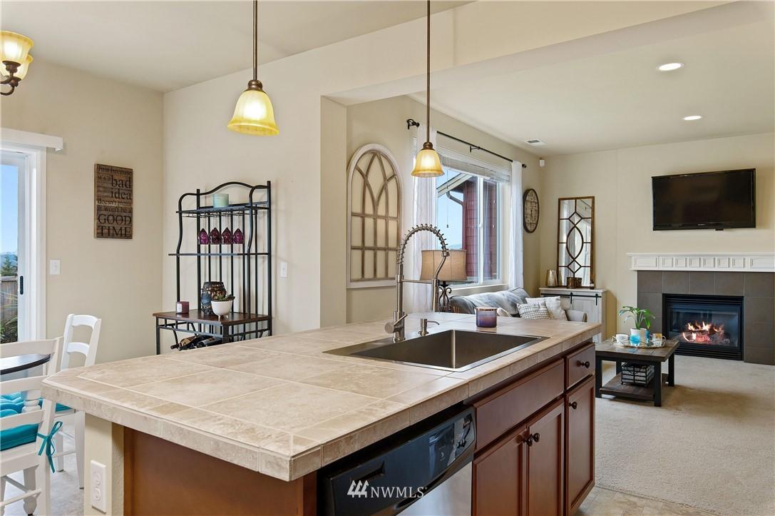 Sold Property | 2119 57th Street SE Auburn, WA 98092 11