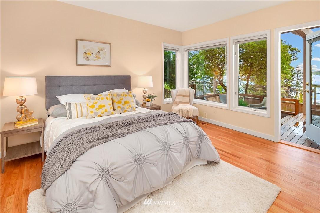 Sold Property | 10637 Rainier Avenue S Seattle, WA 98178 10