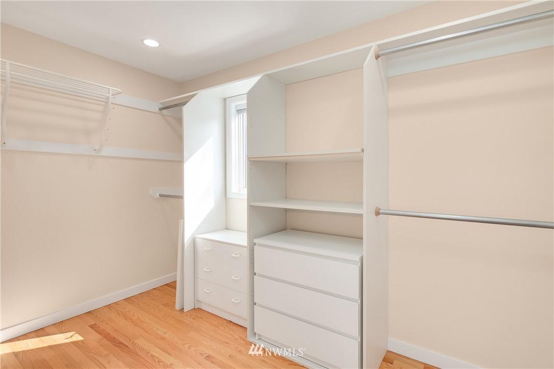 Sold Property | 10637 Rainier Avenue S Seattle, WA 98178 18