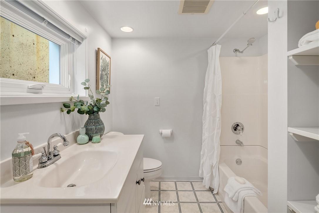Sold Property | 10637 Rainier Avenue S Seattle, WA 98178 26