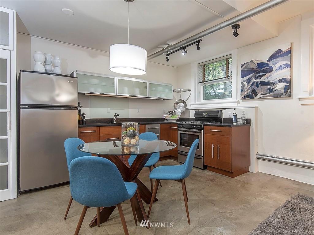 Sold Property   1107 E Denny Way #D5 Seattle, WA 98122 0