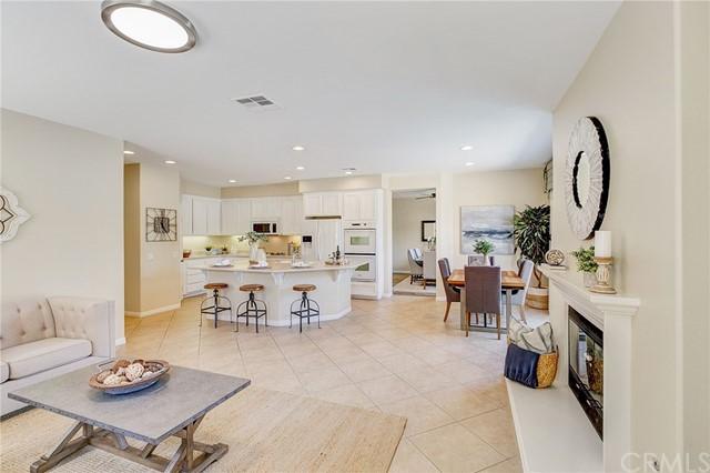 Active Under Contract   41 Teaberry Lane Rancho Santa Margarita, CA 92688 15
