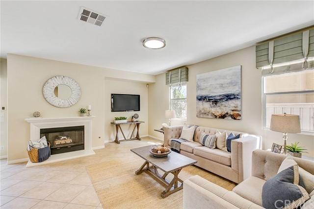 Active Under Contract   41 Teaberry Lane Rancho Santa Margarita, CA 92688 19