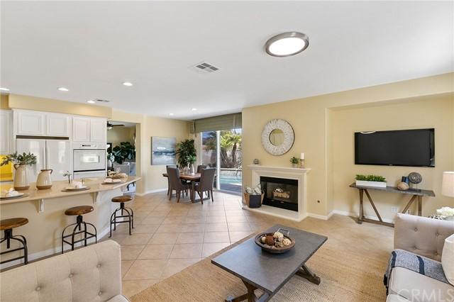 Active Under Contract   41 Teaberry Lane Rancho Santa Margarita, CA 92688 21