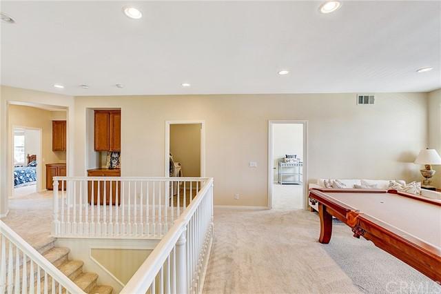 Active Under Contract   41 Teaberry Lane Rancho Santa Margarita, CA 92688 27