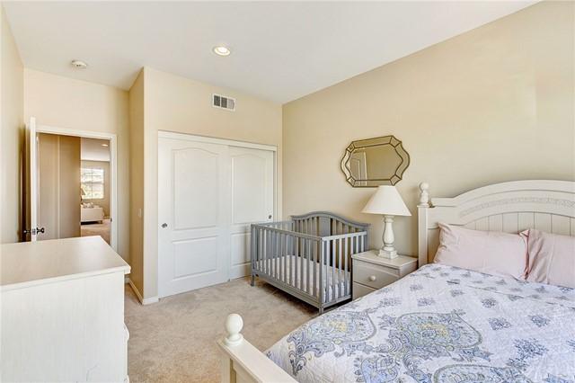 Active Under Contract   41 Teaberry Lane Rancho Santa Margarita, CA 92688 42