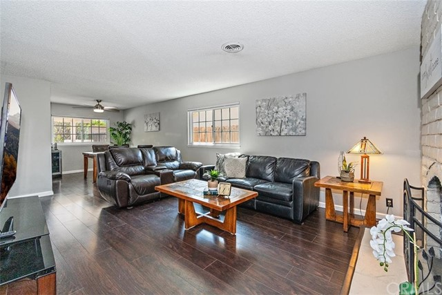 Pending | 863 Candlewood Street Brea, CA 92821 7