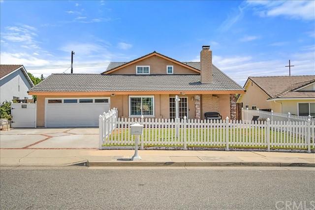 Pending | 863 Candlewood Street Brea, CA 92821 32