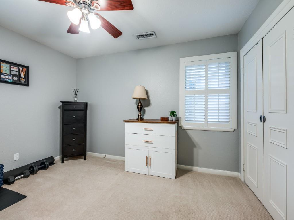 Pending   7312 Crownrich Lane Dallas, Texas 75214 14