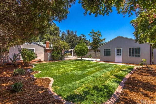 Pending   1322 Clock Avenue Redlands, CA 92374 28