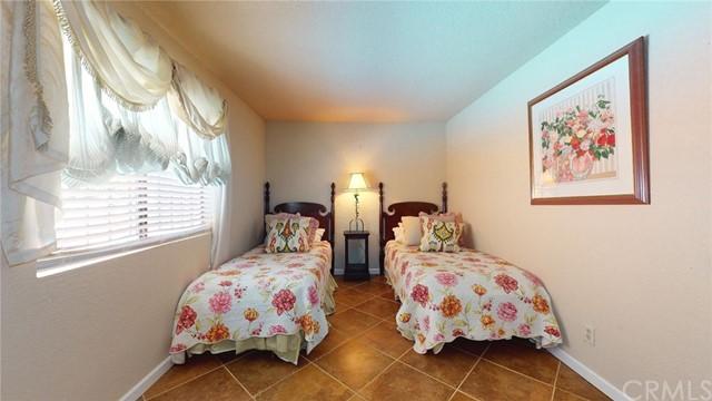Active | 52125 Avenida Cortez La Quinta, CA 92253 12
