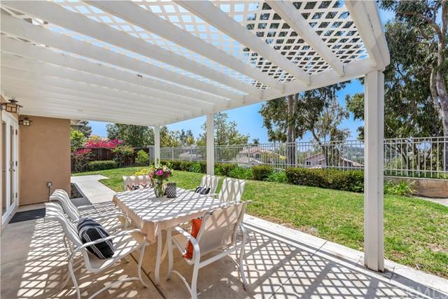Pending | 6 Via Onza Rancho Santa Margarita, CA 92688 38