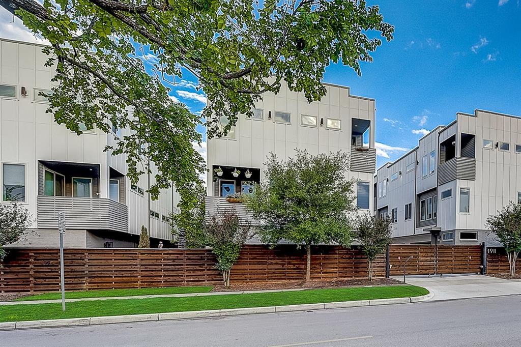 Active | 1911 Summit Avenue #2 Dallas, Texas 75206 0