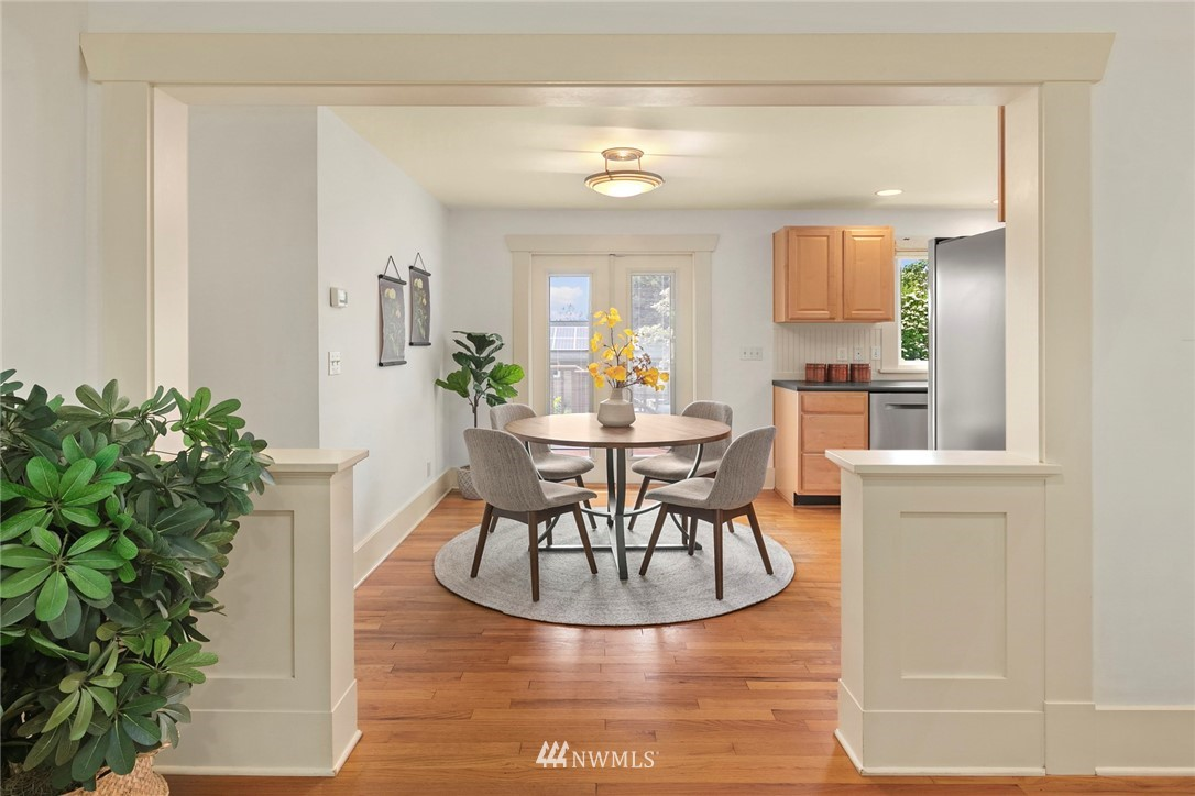 Sold Property | 2313 30th Avenue S Seattle, WA 98144 7