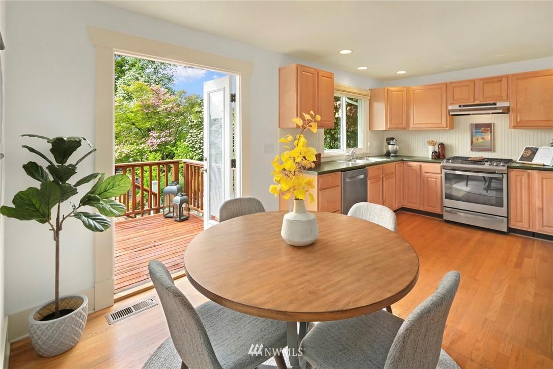 Sold Property | 2313 30th Avenue S Seattle, WA 98144 8