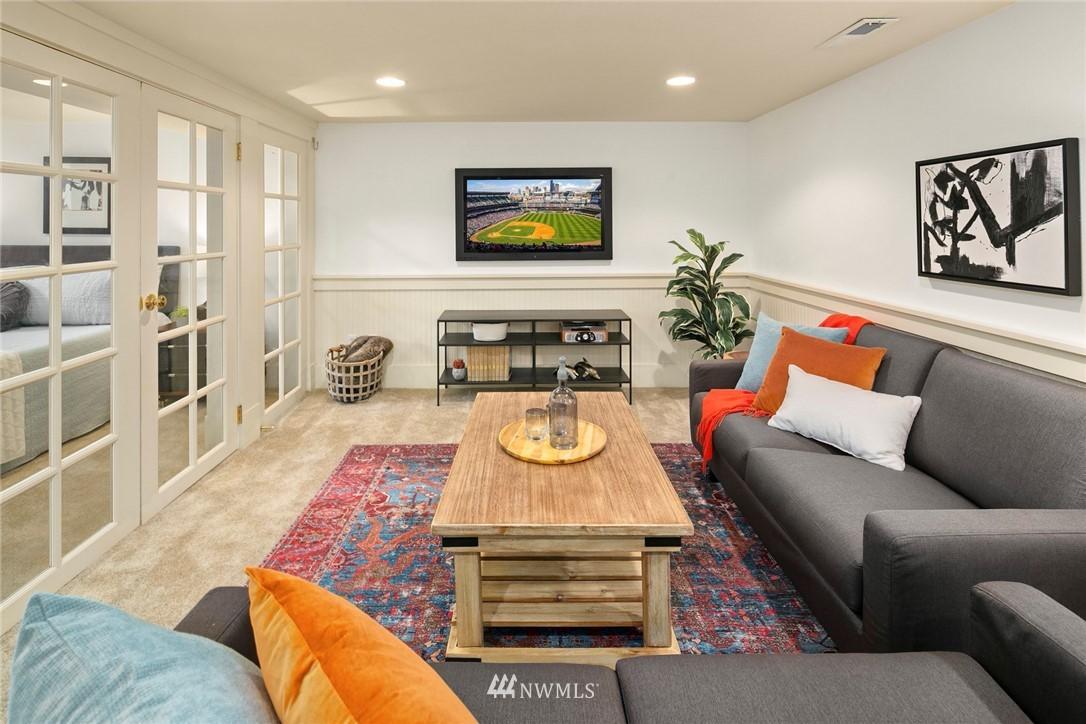 Sold Property | 2313 30th Avenue S Seattle, WA 98144 16